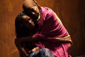 Antigone-Aminata Badji_Gnagna Ndiyae- Foto Cristina Bartolozzi
